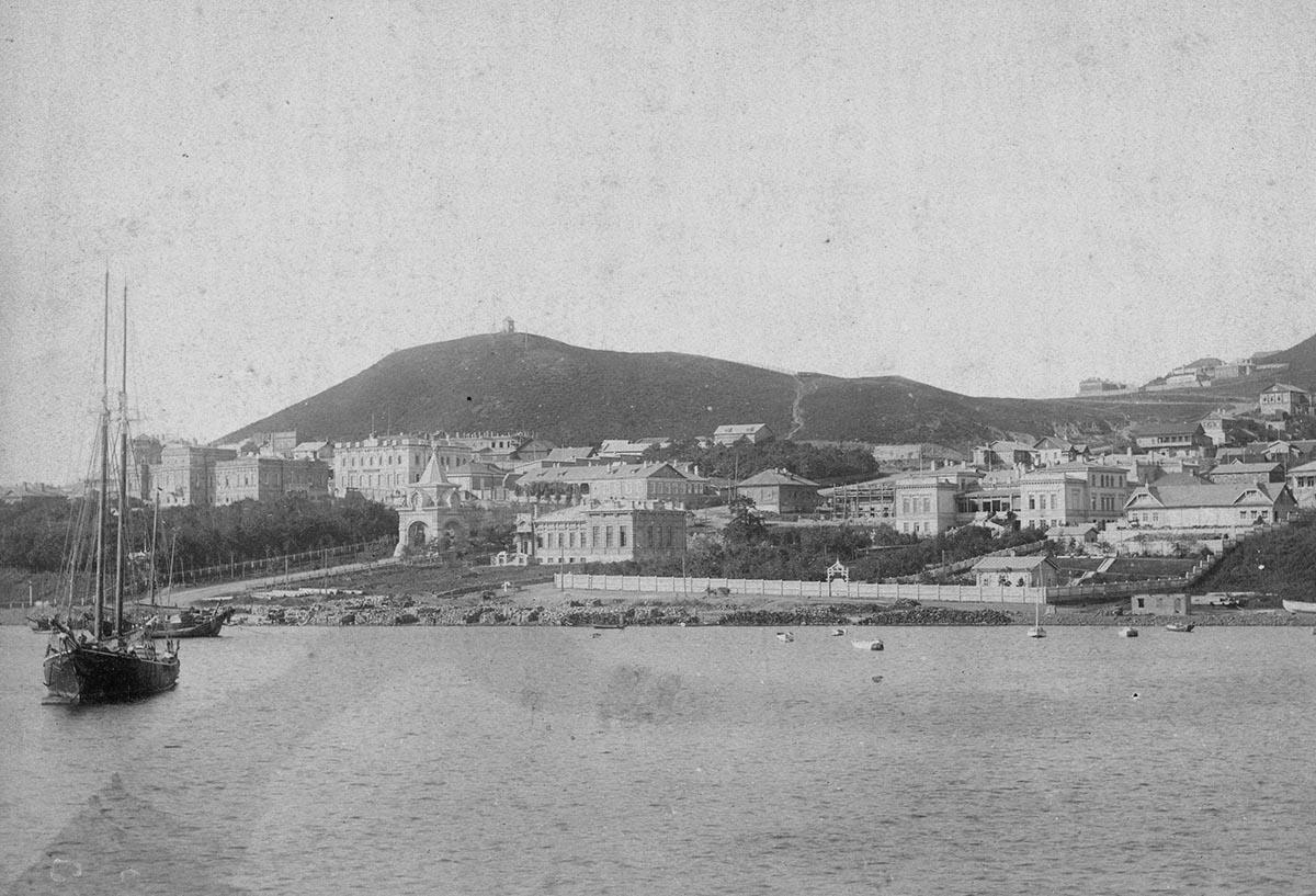 Владивостокская крепость в 1895